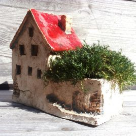 Mały domek ceramiczny Stara Kamienica III