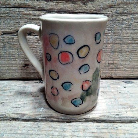 kolorowy kubek groszki ceramika rekodzielo handmade