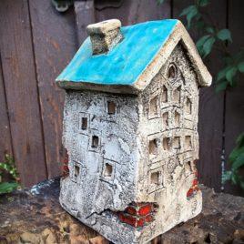 turkusowy-domek-ceramiczny-na-swieczke