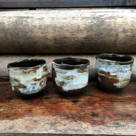 recznie-wykonane-kubeczki-ceramiczne
